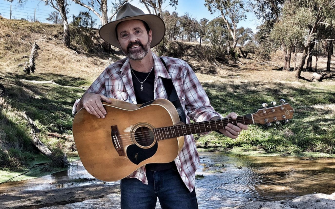 Episode 34: The talented Matt Scullion takes us on an amazing journey around Australia with his music and stories.